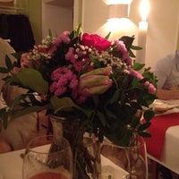 Das Foto wurde bei Greiffenegg Schlössle Restaurant von Арина Б. am 2/14/2014 aufgenommen