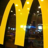 Foto scattata a McDonald's da Artem K. il 6/22/2013
