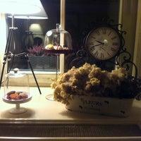 Снимок сделан в Vintage Boutique Wine Cellar пользователем Kateryna T. 5/6/2014