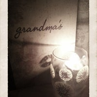 9/21/2012 tarihinde TheBelleBlackziyaretçi tarafından Grandma's Bar'de çekilen fotoğraf