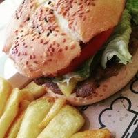 5/8/2015에 @lexandr@ ..님이 Şef's Burger에서 찍은 사진