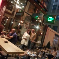 Foto tirada no(a) On Off Karaköy por Nur A. em 6/15/2015