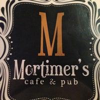 Foto diambil di Mortimer's Cafe & Pub oleh Randy H. pada 2/9/2013