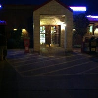รูปภาพถ่ายที่ Papadales Restaurant Quitman Texas โดย Christopher M. เมื่อ 12/19/2012