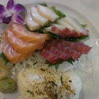 5/3/2013 tarihinde Tom H.ziyaretçi tarafından Kyoto Sushi Bar'de çekilen fotoğraf
