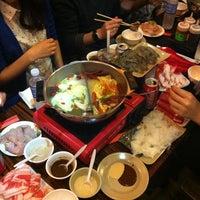 1/15/2013にMegan D.がHou Yi Hot Potで撮った写真