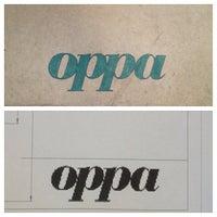 Foto scattata a Oppa Design da Deco il 12/12/2012