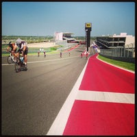 Foto tirada no(a) Circuit of The Americas por Tom W. em 8/31/2013