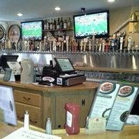 Foto tirada no(a) Horseshoe Pub & Restaurant por Susan W. em 9/30/2012