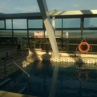 Снимок сделан в Ros Tower - Hotel, Spa & Convention Center пользователем Pablo T. 10/17/2013