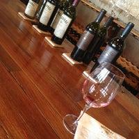 Photo prise au Regusci Winery par Isabel C. le5/24/2013