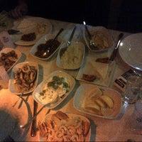 11/1/2013 tarihinde Yasemin K.ziyaretçi tarafından Benusen Restaurant'de çekilen fotoğraf