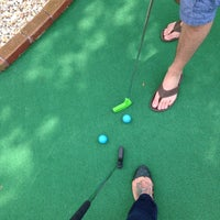 Foto tomada en 76 Golf World por Sara D. el 3/22/2014