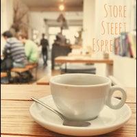 Das Foto wurde bei Store Street Espresso von Taishi F. am 4/8/2013 aufgenommen
