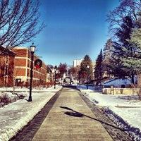 Foto tomada en The University Of Scranton por Jason S. el 1/7/2013