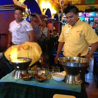 Снимок сделан в La Parrilla Cancun пользователем Jeff Allan B. 7/6/2013