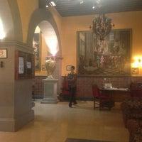 Foto scattata a Hotel Posada Santa Fe da Zai il 7/4/2013