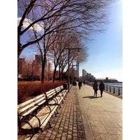 รูปภาพถ่ายที่ Hudson River Park โดย Kenny G. เมื่อ 3/5/2013