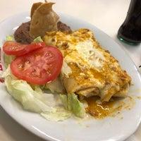 Foto tomada en Burritos La Palma por Adalberto B. el 11/18/2018