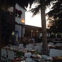 รูปภาพถ่ายที่ Paşa Lounge โดย Cüneyt K. เมื่อ 7/10/2014