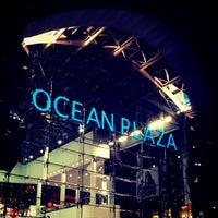 รูปภาพถ่ายที่ Ocean Plaza โดย Artem S. เมื่อ 5/25/2013