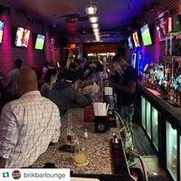 Das Foto wurde bei Sunset Lounge von Dan T. am 6/19/2015 aufgenommen