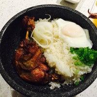 Foto scattata a Elevate Restaurant & Lounge da Janet Y. il 7/2/2015