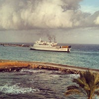 รูปภาพถ่ายที่ Vuni Palace Hotel โดย Baris O. เมื่อ 12/24/2012