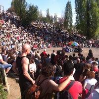 Das Foto wurde bei Mauerpark von Sebastian H. am 5/5/2013 aufgenommen