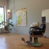 Photo prise au Foremost Barbershop par Janis W. le6/14/2013