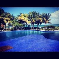 Das Foto wurde bei Excellence Playa Mujeres von Tory 🌟 K. am 1/1/2013 aufgenommen