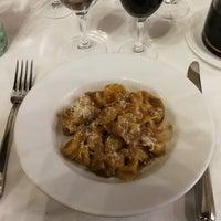 9/14/2018 tarihinde Randel N.ziyaretçi tarafından Trattoria Milanese'de çekilen fotoğraf