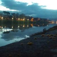 Das Foto wurde bei Canottieri Comunali Firenze von Cristina S. am 3/6/2016 aufgenommen