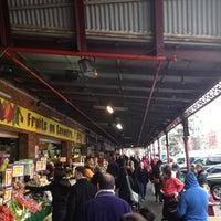 Foto diambil di South Melbourne Market oleh Walrus pada 7/13/2013