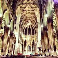 2/7/2013にRoseann W.がセント・パトリック大聖堂で撮った写真
