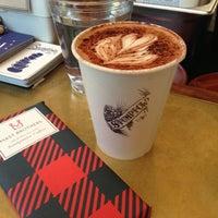 Das Foto wurde bei Stumptown Coffee Roasters von Lady Z. am 12/13/2012 aufgenommen