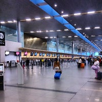 Foto diambil di Aeropuerto Internacional El Dorado (BOG) oleh Victor L. pada 7/25/2013