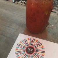Foto diambil di TBC food & drinks oleh Ismael C. pada 9/28/2016