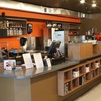 Das Foto wurde bei Filter Coffeehouse & Espresso Bar von Thrillist am 6/14/2013 aufgenommen