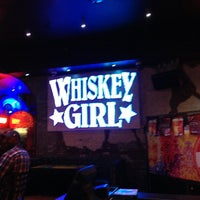 Foto tirada no(a) Whiskey Girl por Sean C. em 4/30/2013