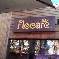 11/22/2012 tarihinde Emil A. G.ziyaretçi tarafından Flocafé'de çekilen fotoğraf