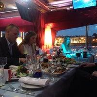 7/15/2015에 Дарья님이 DoZari / Дозари шоу-ресторан на воде에서 찍은 사진