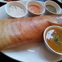 Photo prise au Tanjore: South Indian Restaurant par Christine L. le7/11/2013