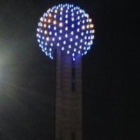Photo prise au Reunion Tower par Wil Willie-Kai P. le12/11/2012