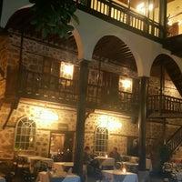รูปภาพถ่ายที่ Du Bastion Fine Dining Restaurant โดย Umit U. เมื่อ 3/28/2017