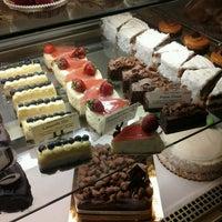 5/25/2013 tarihinde N. A.ziyaretçi tarafından Bakery Nouveau'de çekilen fotoğraf