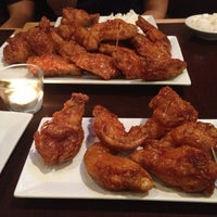 11/9/2012 tarihinde Cristian L.ziyaretçi tarafından BonChon Chicken'de çekilen fotoğraf