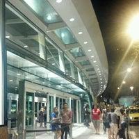 Foto tirada no(a) Shopping RioSul por Rafael M. em 9/20/2012