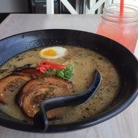 Das Foto wurde bei Chibiscus Asian Cafe & Restaurant von Donn U. am 10/3/2013 aufgenommen