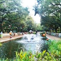 Foto tomada en Houston Zoo por Kelly M. el 10/24/2012
